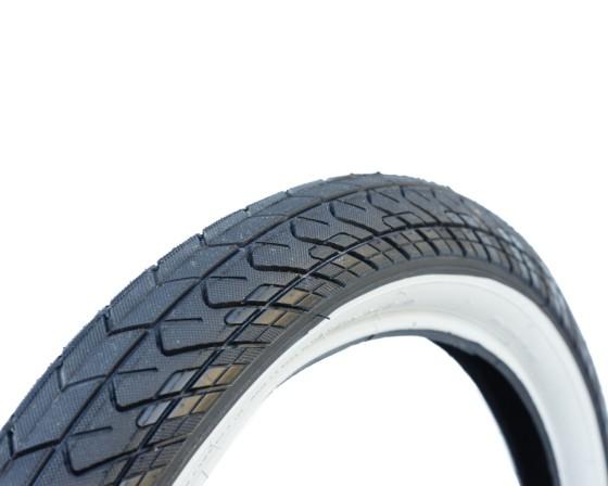 pneu-innova-2-25-faixa-branca